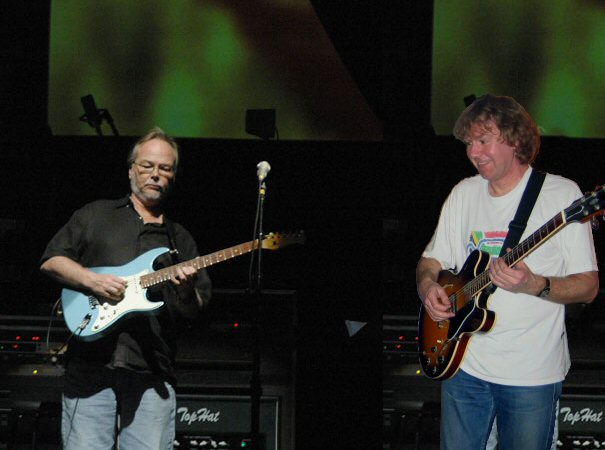 Walter Becker and Hans Verlouw jamming